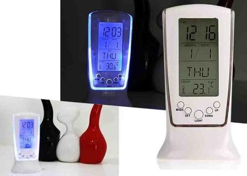 Dijital Göstergeli LED Işıklı Masa Saati