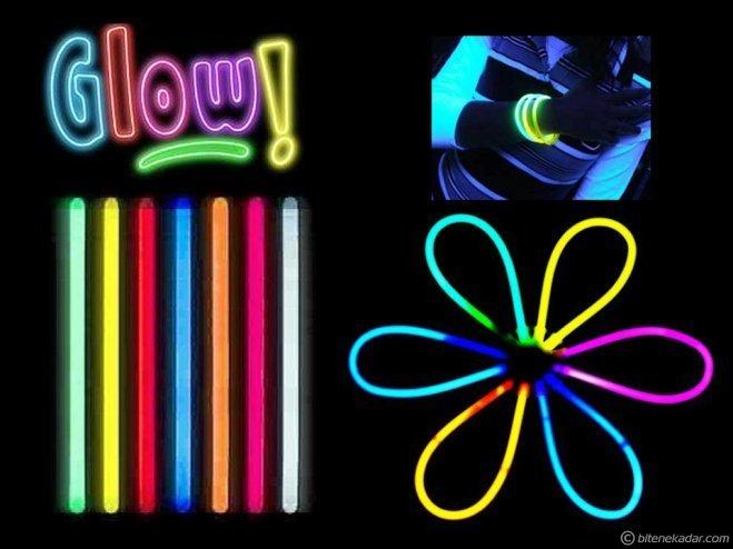 Glow Stick: Fosforlu Kırılan Çubuk (50 Adet)