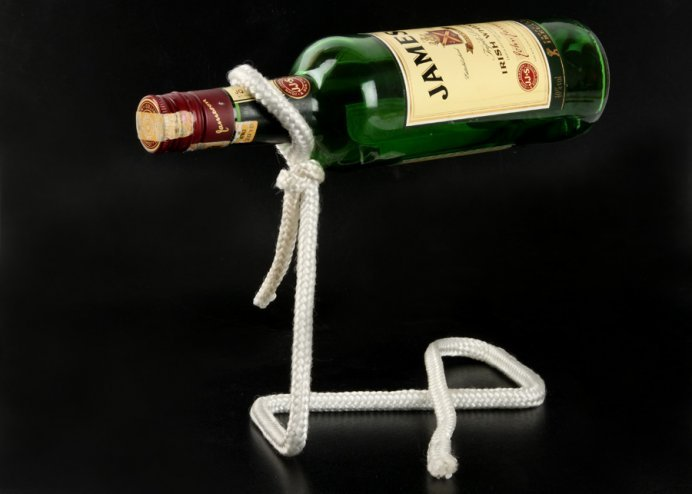 Lasso Rope Bottle Holder: Sihirli İp Şişe Tutacağı