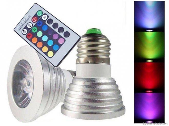 LED Lamba: Uzaktan Kumandalı 16 Renk Değiştiren Led Ampul